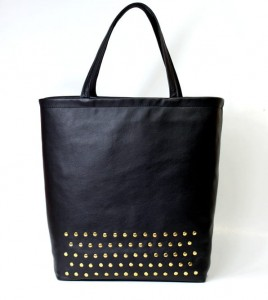 Classic Studs Black Leather
