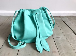 Little Bucket Feathers Bag Caraibi Suede